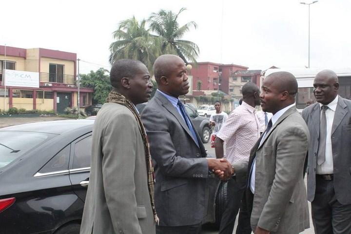 le directeur de cabinet du ministre de la culture visite les locaux de gaou productions lebabi