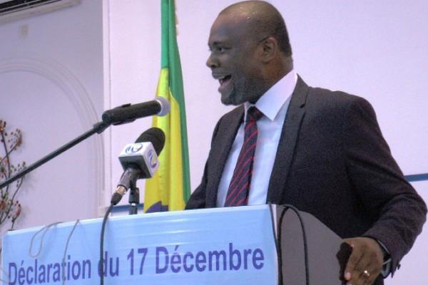 Gabon : Mike Jocktane suggère à Ali Bongo de «quitter le pouvoir avant qu'il ne soit trop tard»