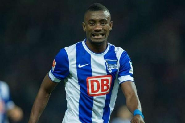 Salomon Kalou pousse un coup de gueule et menace le Hertha Berlin