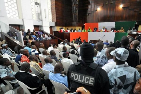 Côte d'Ivoire: reprise ce lundi du procès de Simone Gbagbo et de 82 pro-gbagbo