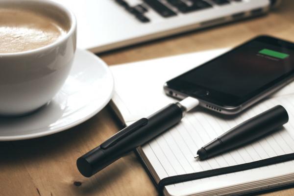 Power Pen, le stylo qui fait office de batterie pour smartphone