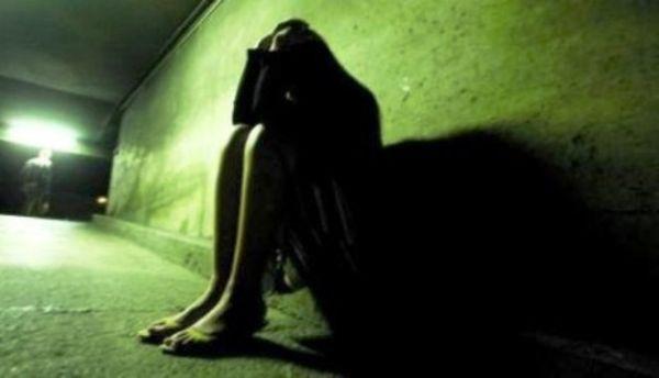 mari 14 femmes il viole une jeune fille de 14 ans abidjan c te d 39 ivoire. Black Bedroom Furniture Sets. Home Design Ideas
