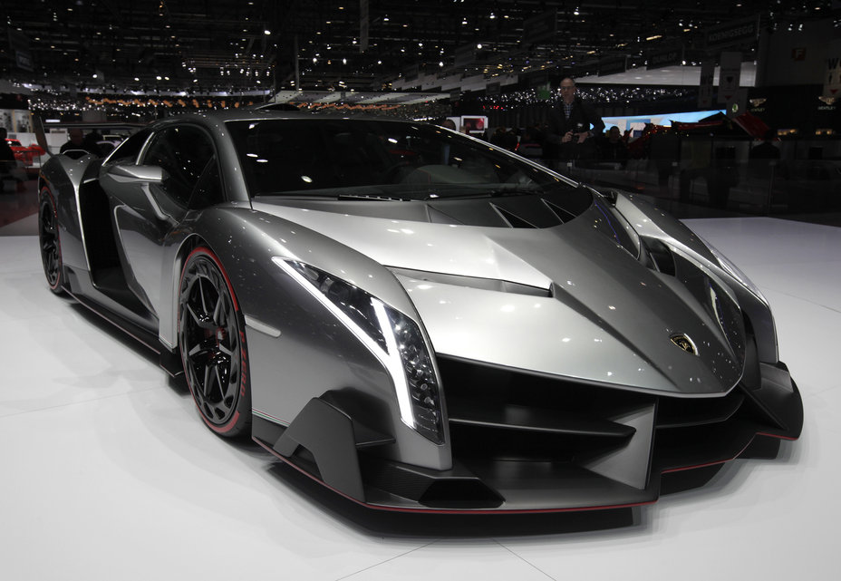 fan de voitures de luxe le top 10 des voitures les plus ch res du monde abidjan. Black Bedroom Furniture Sets. Home Design Ideas
