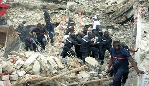 Rivi ra palmeraie un immeuble en construction s croule for Abidjan net cuisine tantie rose