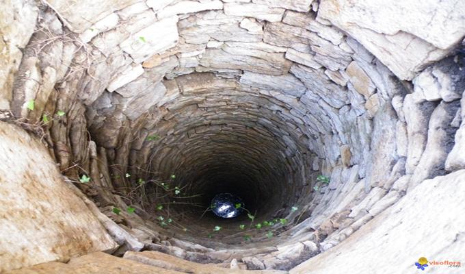 akoup un p re de famille se suicide en se jetant dans un puits abidjan c te d. Black Bedroom Furniture Sets. Home Design Ideas