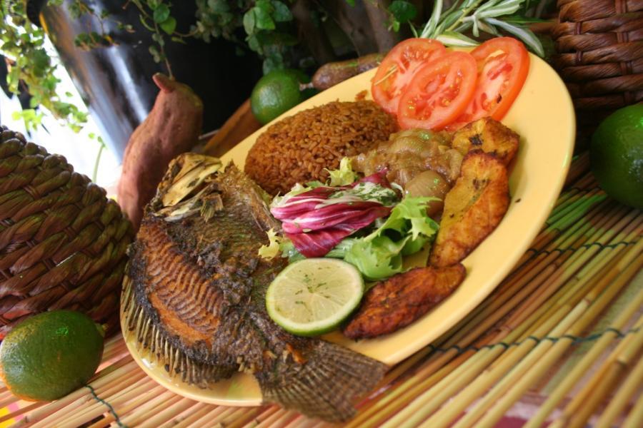 La cuisine africaine en qu te de nouveaux adeptes en for Abidjan net cuisine africaine