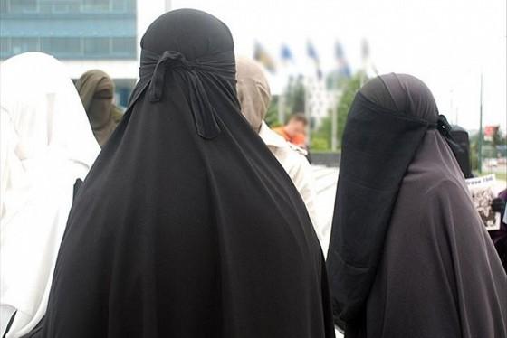 le port de la burqa d 233 sormais interdit au s 233 n 233 gal lebabi net abidjan c 244 te d ivoire