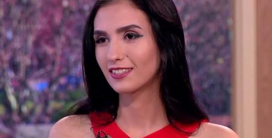 Une jeune fille de 18 ans vend sa virginité pour 2,3 millions d'euros - LeBabi.net